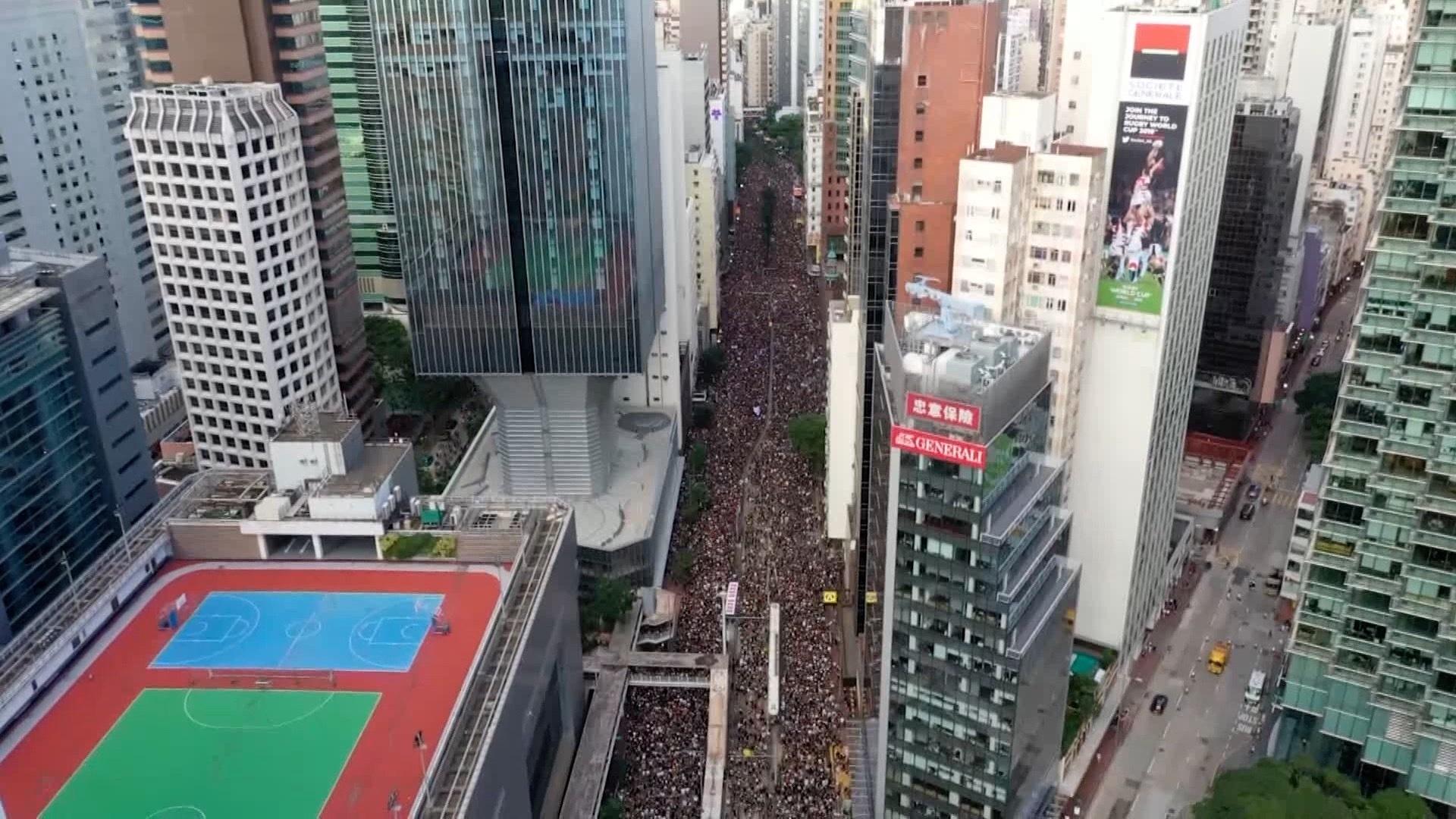 Hongkong i Chiny wykorzystują technologie podczas demonstracji